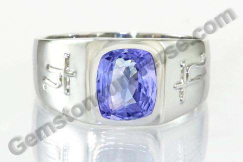 Natural Blue Sapphire of 3.52carats Gemstoneuniverse