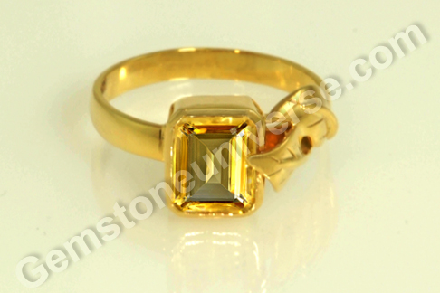 Imperial Golden Yellow Topaz of 2.81 carats for Jupiter Vedic Energies